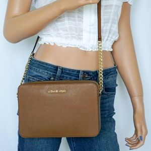 NWT Michael Kors Jet Set Item LG Crossbody Brown